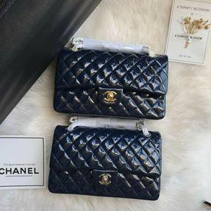 Chanel classic flaps Check description